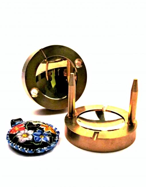 Lentil 40 mm Brass Press
